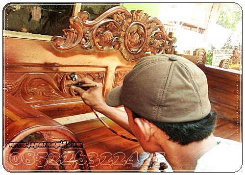 pewarnaan finishing mebel kayu