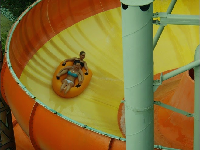 Kuta Waterbom Park: Superbowl