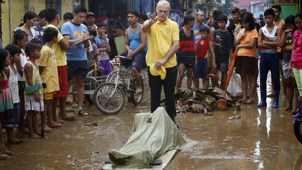 """TORMENTA """"FUNG-WONG"""" DEJA 10 MUERTOS EN FILIPINAS Y SORPRENDE A TAIWAN"""