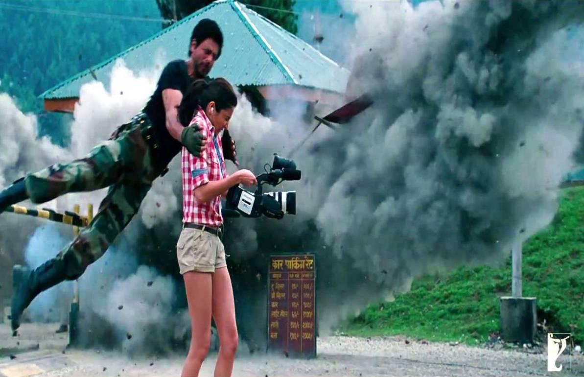 http://2.bp.blogspot.com/-pWBsVjI6ByQ/UHWWSegZQNI/AAAAAAAADa4/sdnmKOtlUIg/s1600/jab-tak-hai-jaan-movie-poster-20.jpg