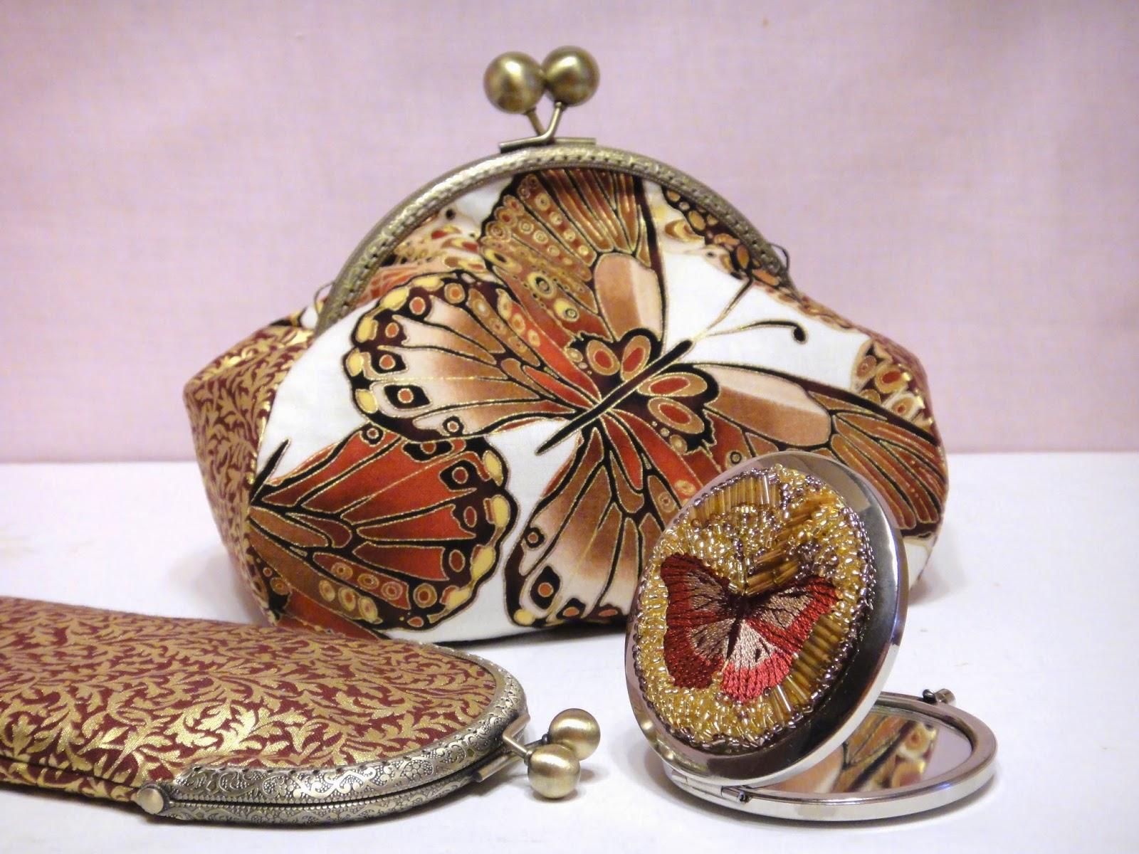 Косметичка, очешник, красивое зеркальце - подарок девушке или подарок подруге