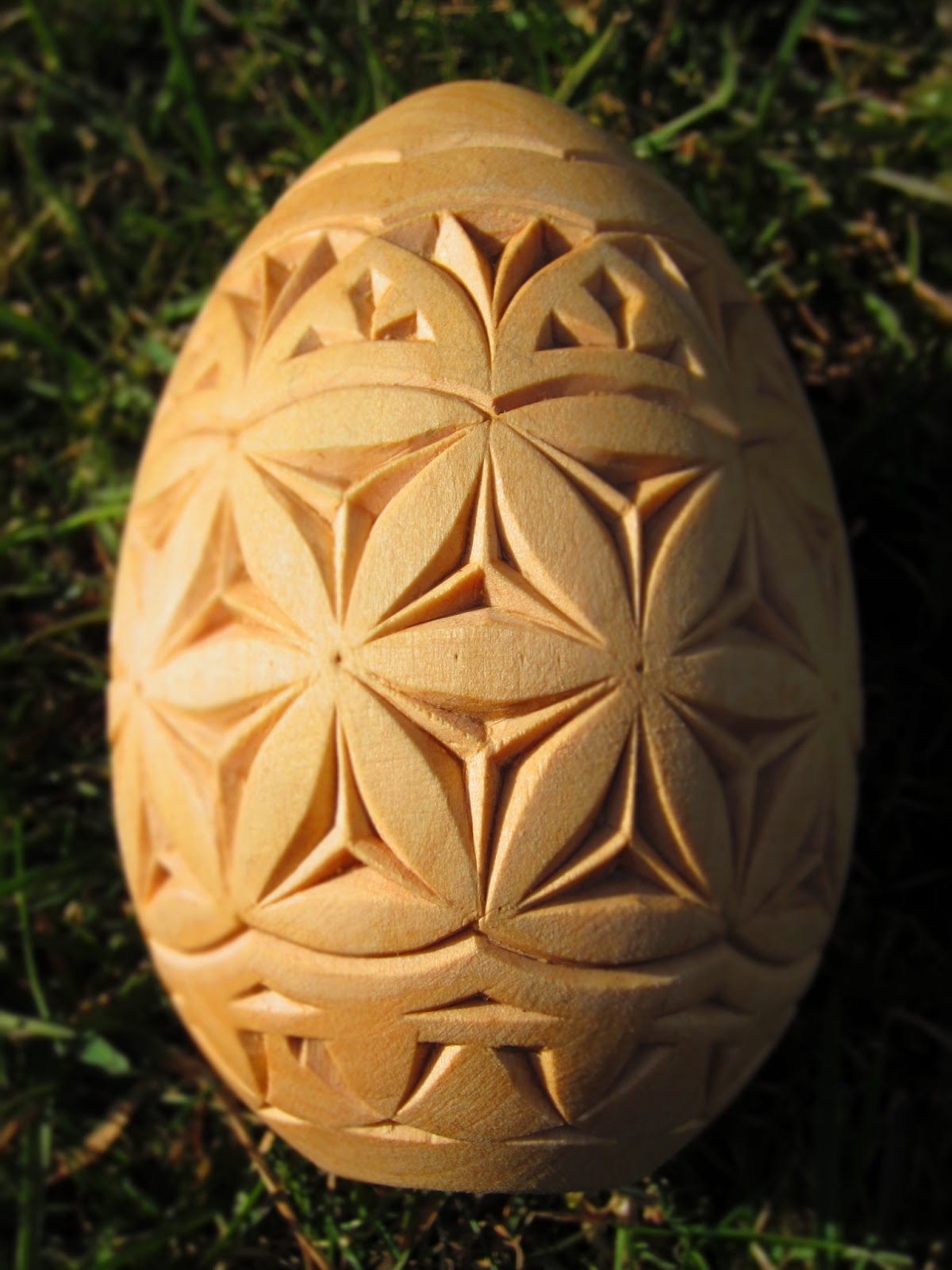 Ales the woodcarver easter egg