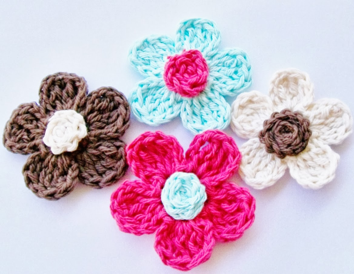 Crochet Flower Pattern Small : Flower Girl Cottage : Free Crochet Flower Pattern