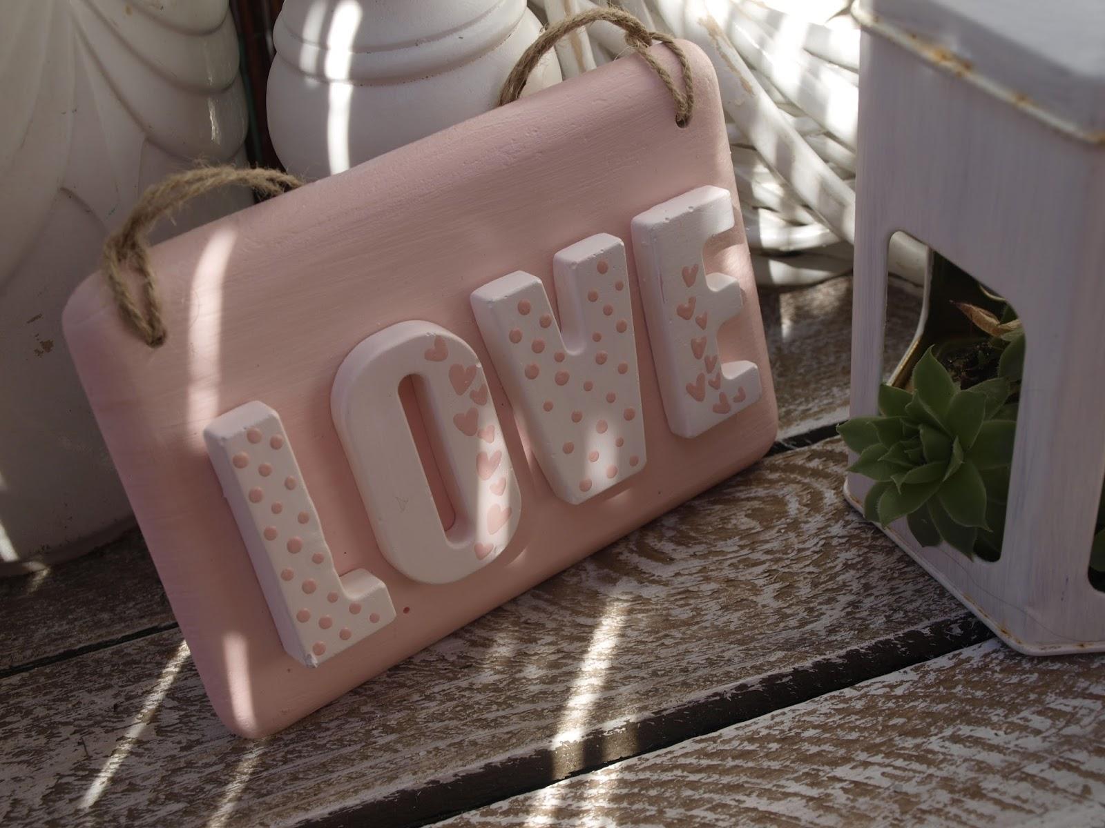 tabliczka love