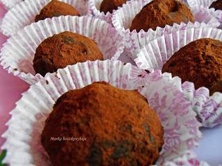 http://markakonyha.blogspot.hu/2013/05/sos-karamellas-truffel.html