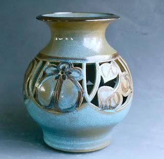 Julia Munn Livingston Pottery Archived 1970s
