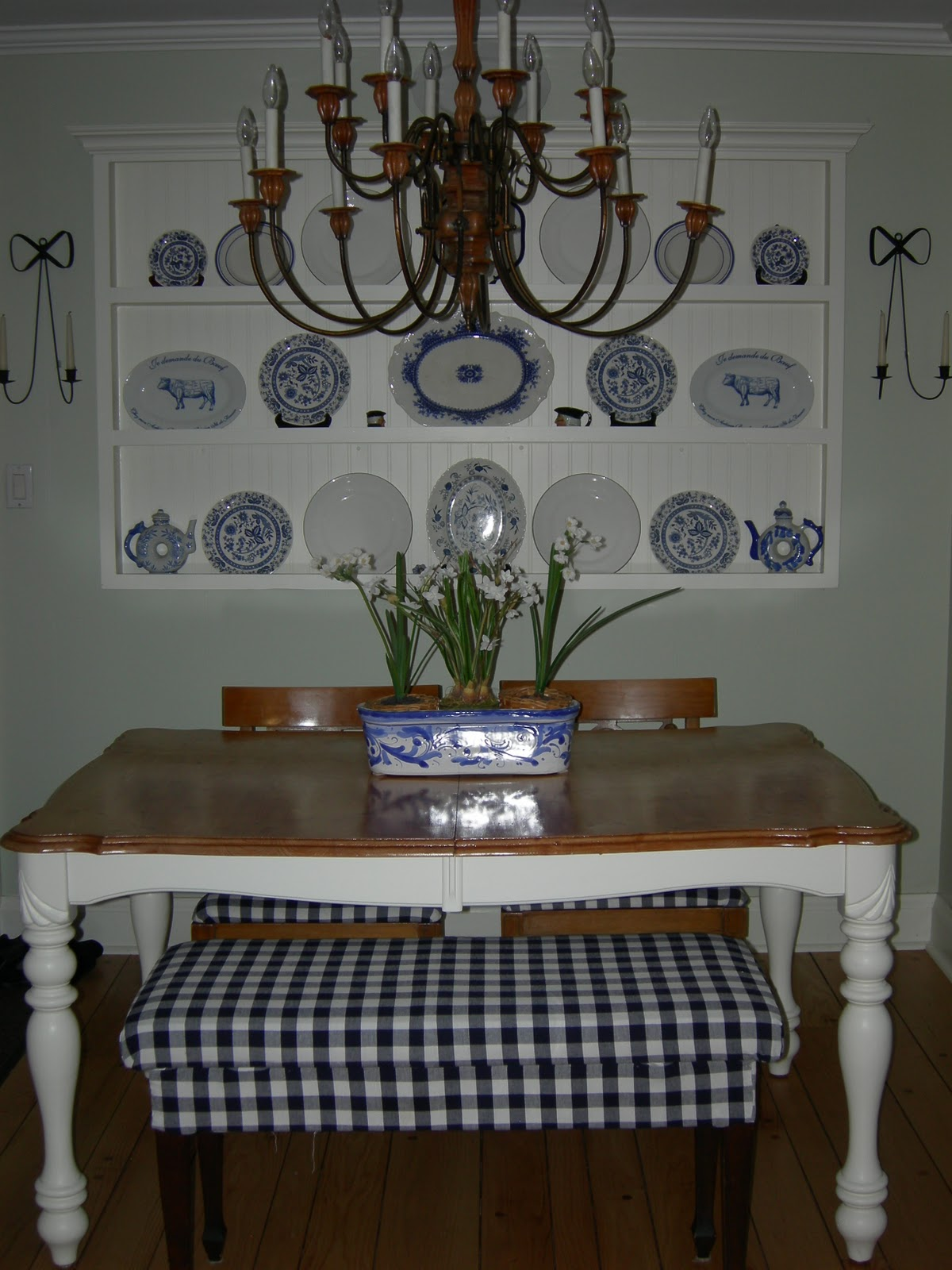 French Country Inspired Wall Plate Rack - How to Display Plates on the Wall & The Summer House: French Country Inspired Wall Plate Rack - How to ...