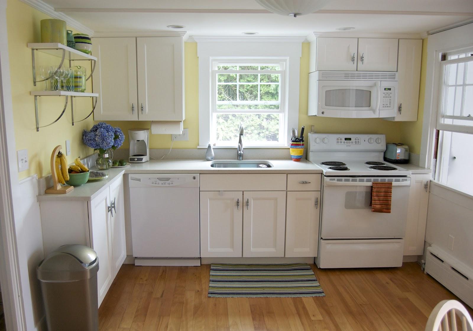 Seaside shelter cottage kitchen update phase 2 for Coastal cottage kitchen ideas