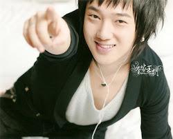 Kim Jong Woon ( Yesung-ssi)
