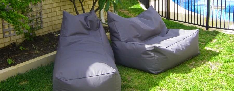 Pouf ext rieur sacs grands pour l 39 t ton pouf for Chaise a trou