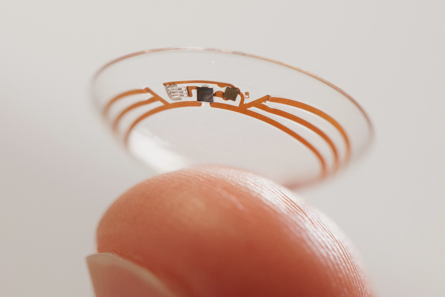 Google, Technology, Contact, Lens, Science, Health, Diabetes, Blood, Sugar, Levels, Project, Co-Founders, Brian Otis, Babak Parviz, Prototype, Wireless, Glucose, Sensor, FDA, Eye,