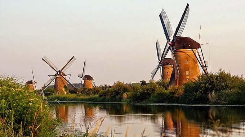 Los antiguo molinos de viento de Kinderdijk