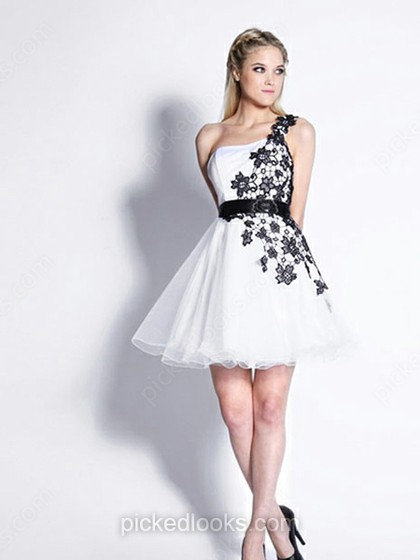 http://www.pickedlooks.com/tulle-one-shoulder-short-mini-a-line-appliques-prom-dresses-p507.html