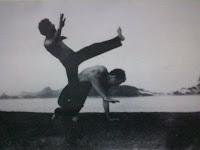 Entrevista a Mestre Itapoan de Capoeira Luandaê por Marcos Oliveira.  Mestre+Itapoan+e+Camisa