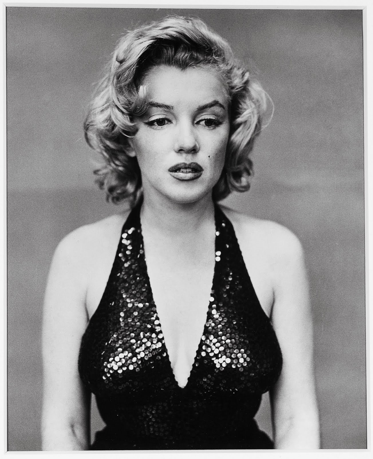 http://2.bp.blogspot.com/-pZCsi4zJBus/TeAE9Afyi6I/AAAAAAAAG_8/j6strtVtblo/s1600/Marilyn+Monroe+portraits+%25282%2529.jpg