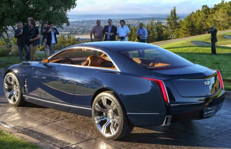 2016 Cadillac CT6 rear view