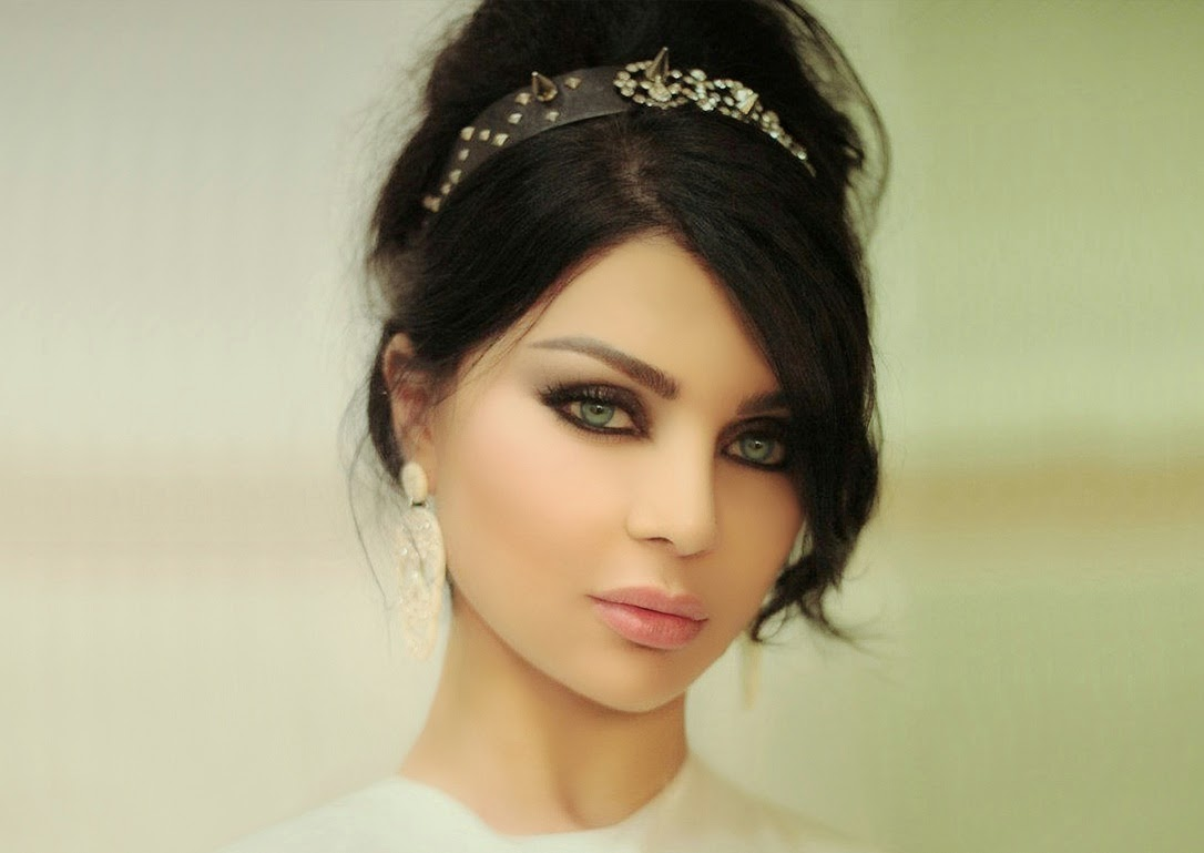 The Queen Haifa Wehbe Haifa Wehbe Among The Hollywoodbuzzs Most