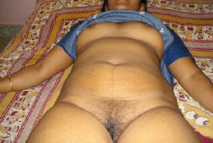 Tamil Girl Mulai Pundai Photos