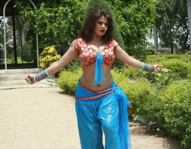 bhojpuri actress sapna - photo #12