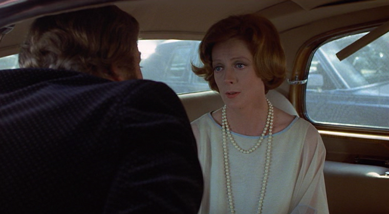 MAGGIE SMITH as DIANA BARRIE in CALIFORNIA SUITE