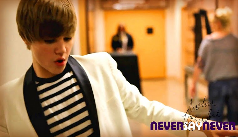 justin bieber hot wallpaper 07 2011 2012 2010