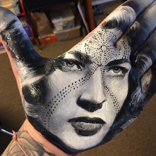 25-Russell-Powell-Hand-Body-Painting-Transferred-to-Paper-www-designstack-co