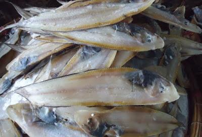 Thưởng thức đặc sản cá lưỡi trâu kho mít ở miền Trung