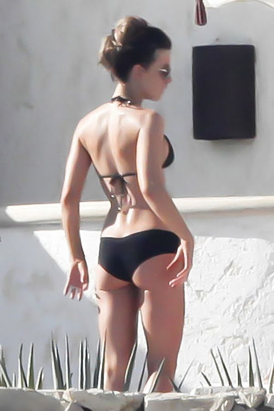kate beckinsale naked butt