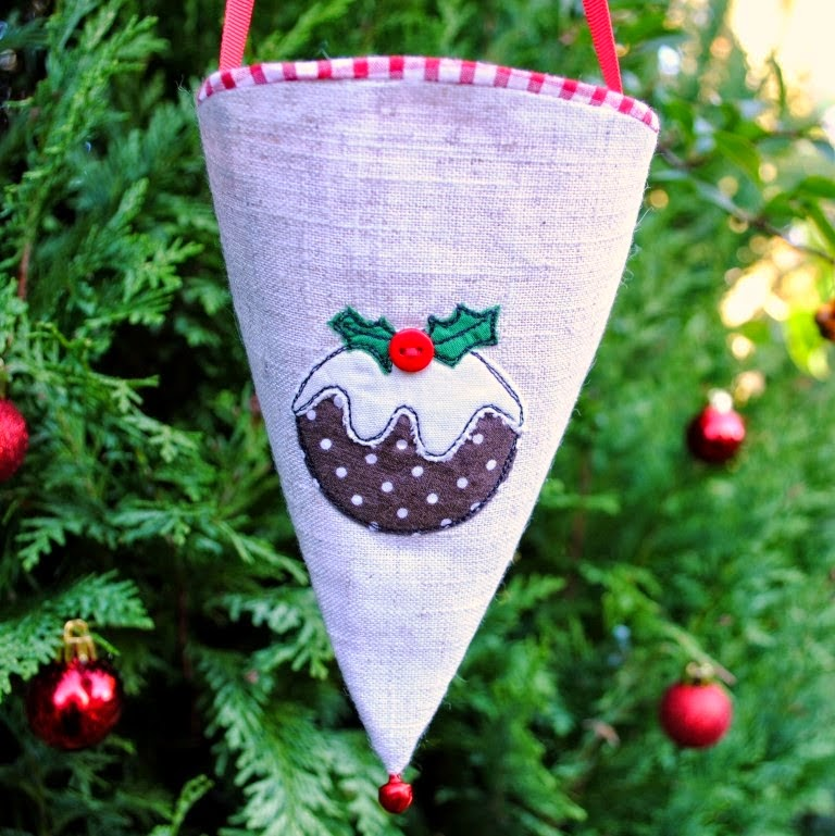 http://sewforsoul.blogspot.co.uk/2014/11/christmas-gift-cone-tutorial.html