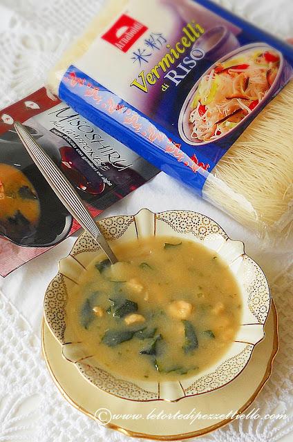 Vermicelli di riso con verdure e Misoshiru