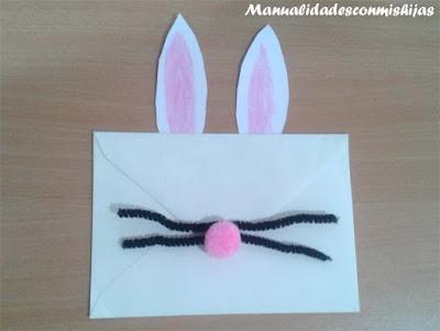 Sobre-tarjeta con forma de conejo