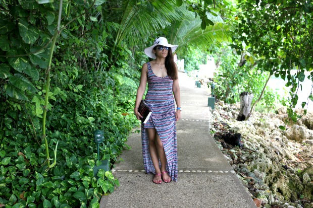 Dress Nordstrom, Hat Nine West, Jamaica, Vacation Tanvii.com