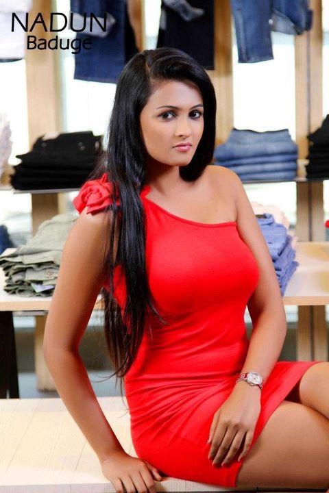 Piumi Hansamali Hot Photos and Videos   Sri lankan hot