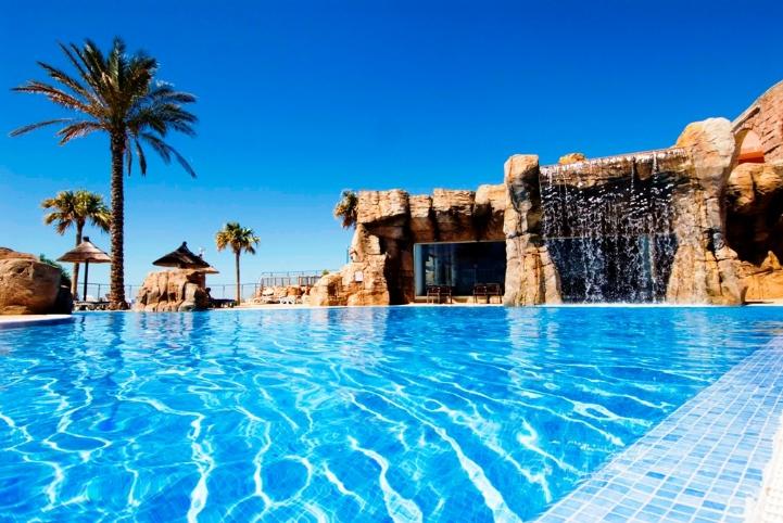 Hoteles para ni os benalm dena m laga hotel holiday for Piscina zona norte avila