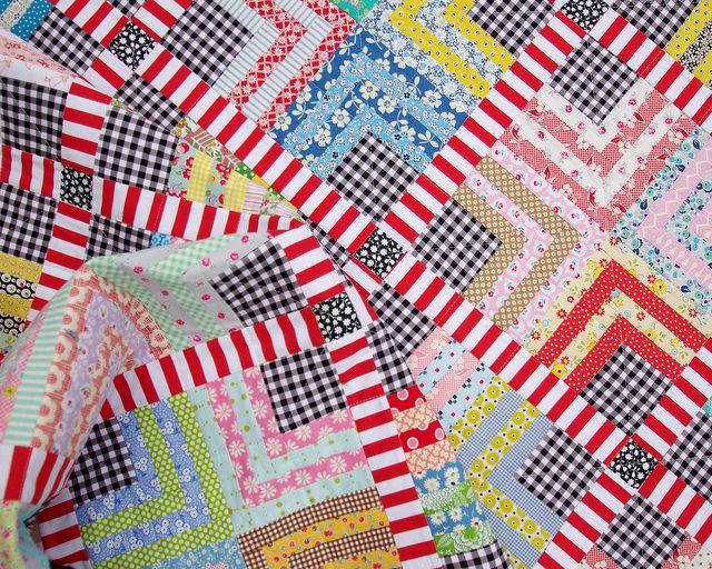 Quarter Log Cabin & Gingham Quilt   Red Pepper Quilts