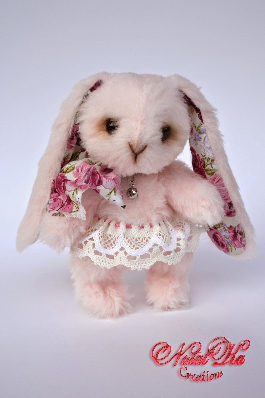 Teddy Hase handgemacht von NatalKa Creations. Artist teddy bunny handmade by Natalka Creations.