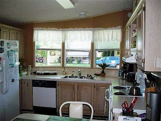 Manufactured home kitchen