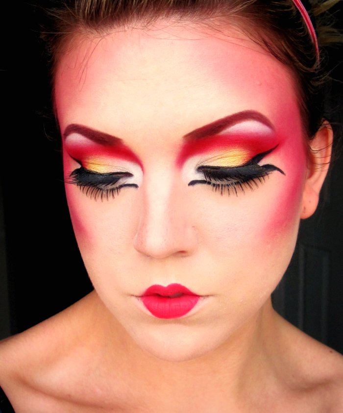 The Beautiful Life Of The Girl Next Door Geisha Inspired Makeup!