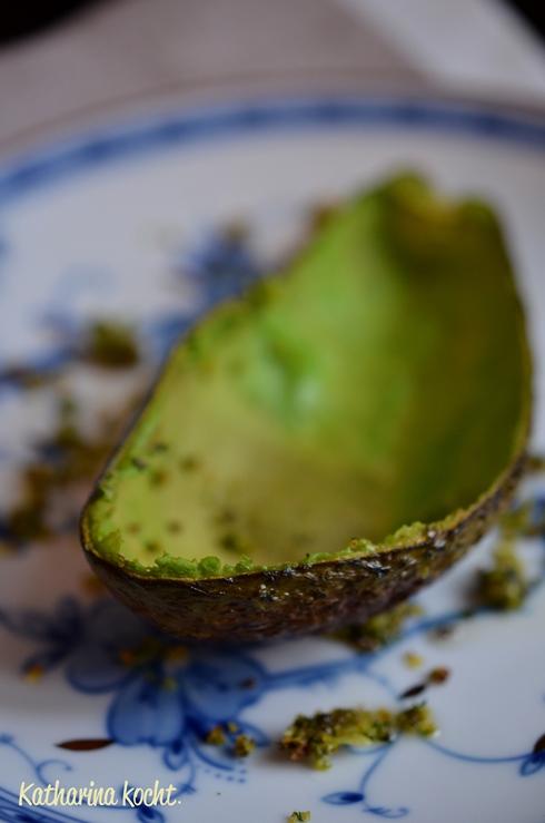 avocado my love berbacken und mit salsa gef llt projekt zuckerfrei woche 2 katharina kocht. Black Bedroom Furniture Sets. Home Design Ideas