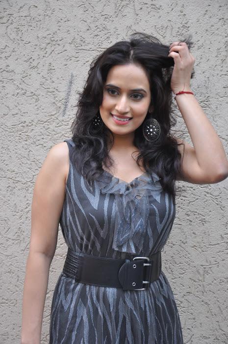 chinmayi ghatrazu new actress pics