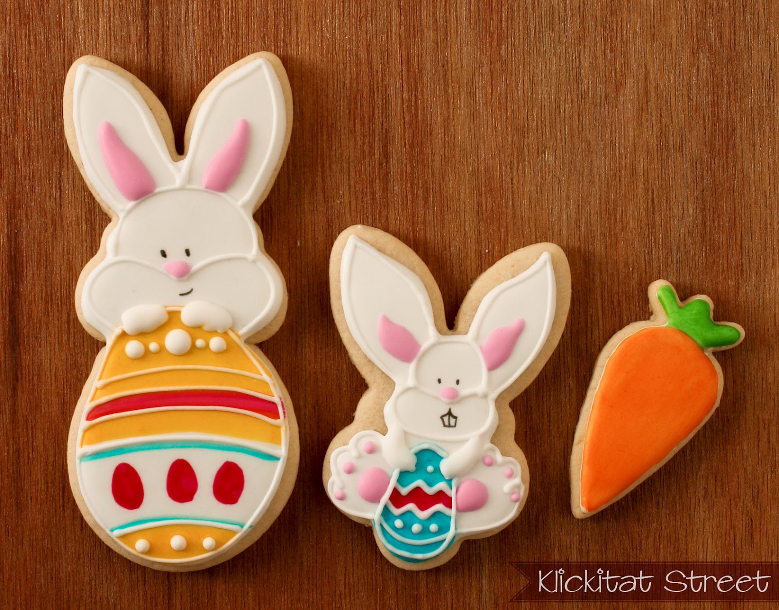 Easter bunny rabbit painted cookies
