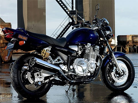 2005 yamaha xjr1300 motorcycle pictures specifications. Black Bedroom Furniture Sets. Home Design Ideas