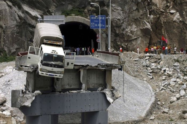bridge collapsed accidents