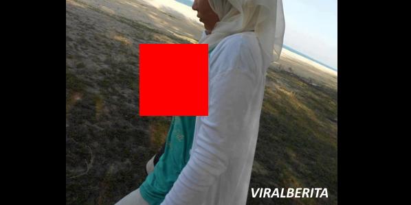 FOTO MENAKJUBKAN Buah Dada Wanita Ini Jenis Boleh LARAS