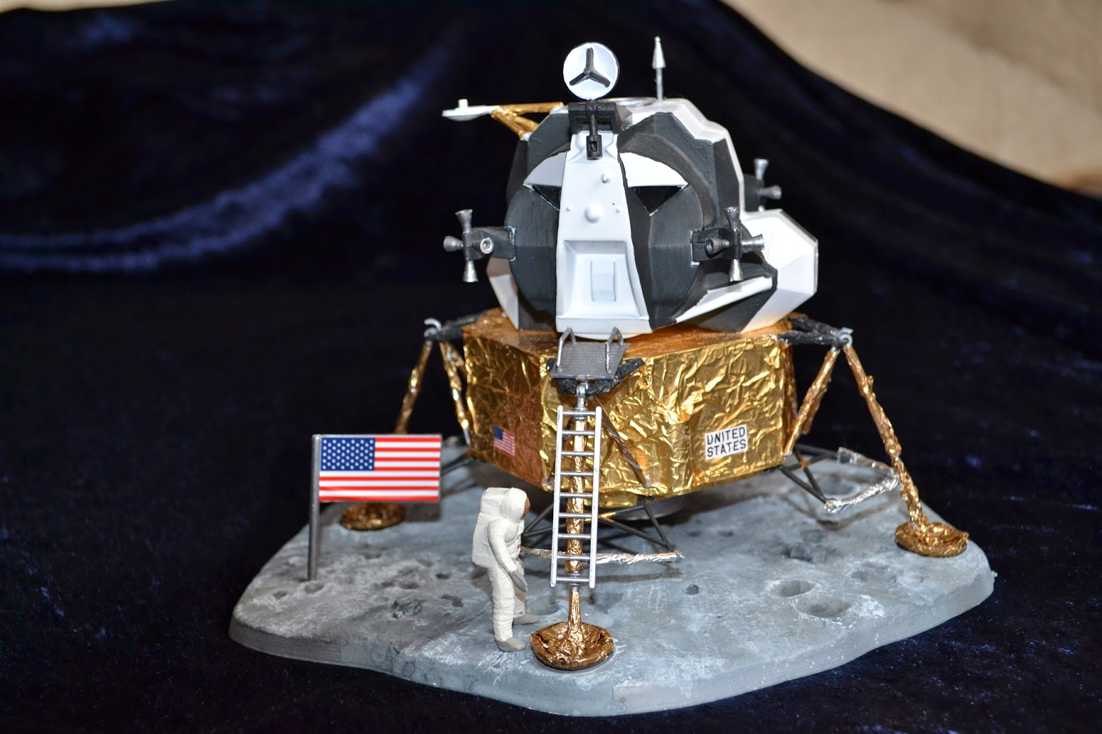 built lunar landers - photo #16