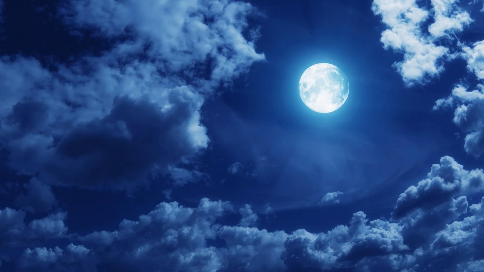 http://2.bp.blogspot.com/-pbrDYPpzHWQ/UMGrC4t0WFI/AAAAAAAAJes/RSmmhUi4cgM/s1600/clouds-full-moon.jpg