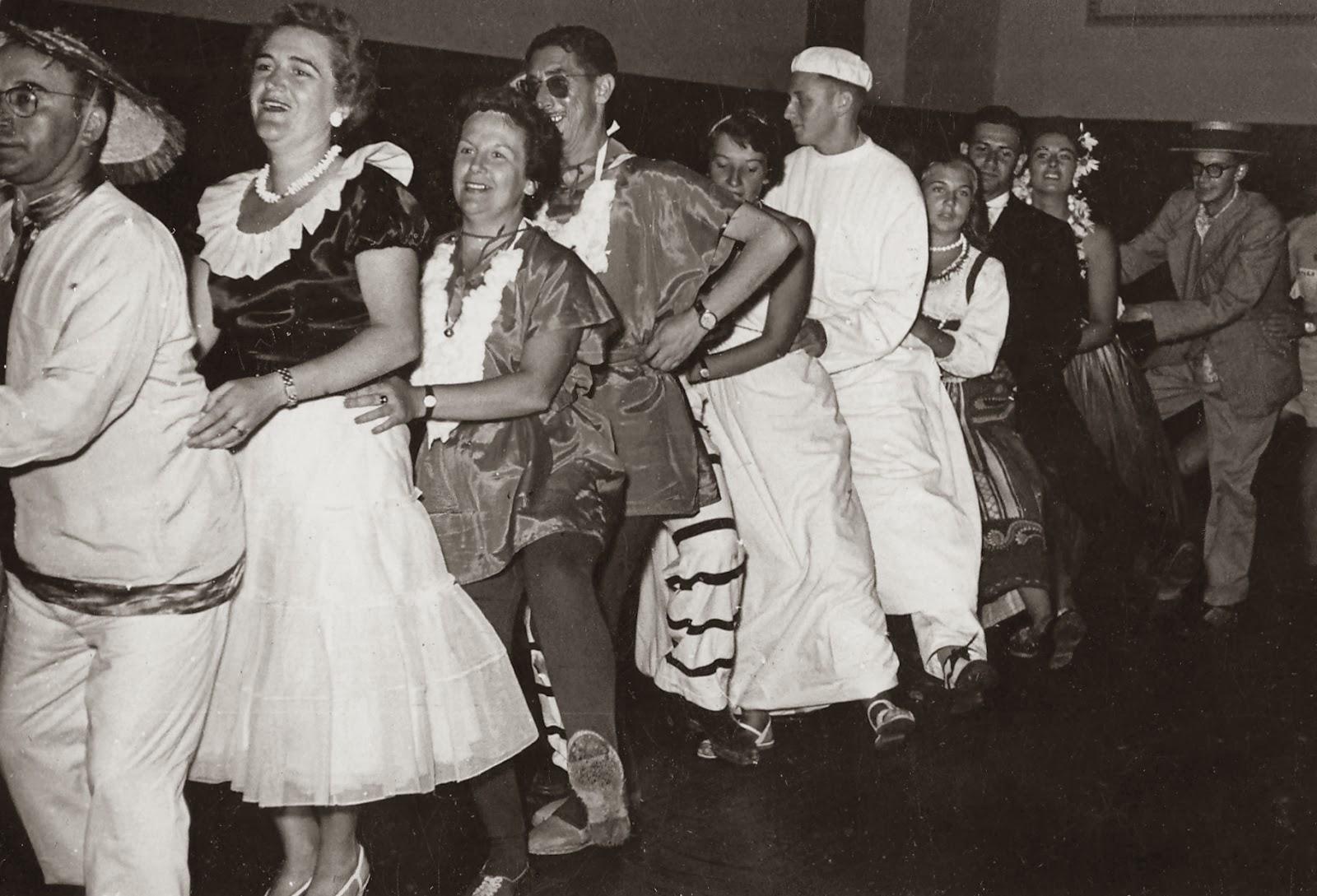 El deseado y viveiro baile de disfraces - Viveros bermejo ...