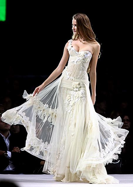 Платья от валентина юдашкина
