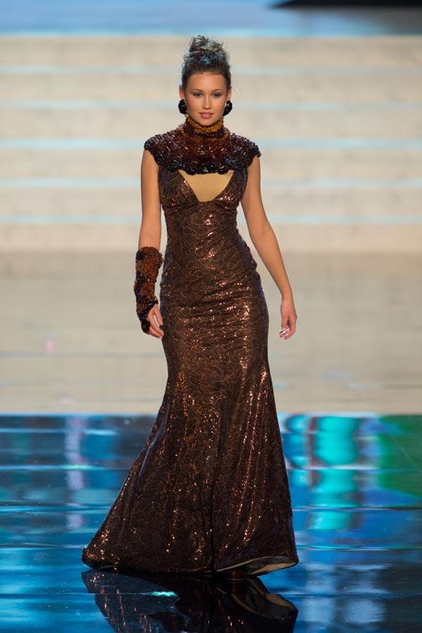 Miss Universe 2012 - National Costume Parade Lubica Stepanova
