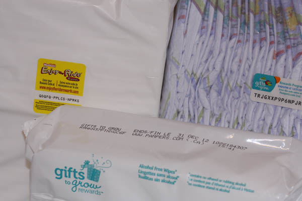 Gift Giving 2011 Freebies The Mom Creative